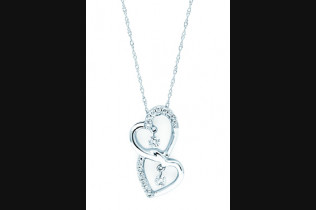 G7009 Shimmering Diamonds Pendant 1/4ctw